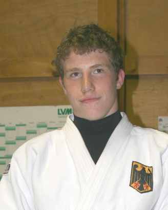 3 badische Judoka im Trainingslager in Japan