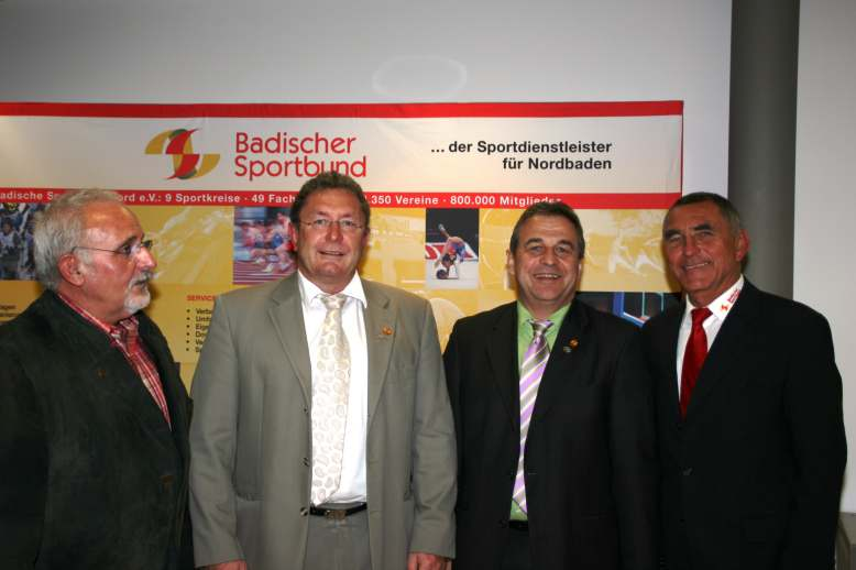 Goldene Ehrennadel des BSB für zwei Judovereinsvorsitzende